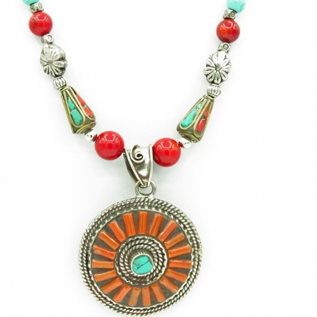 Coral ethnic necklace