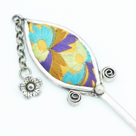 Embroidered Fancy Hairpick