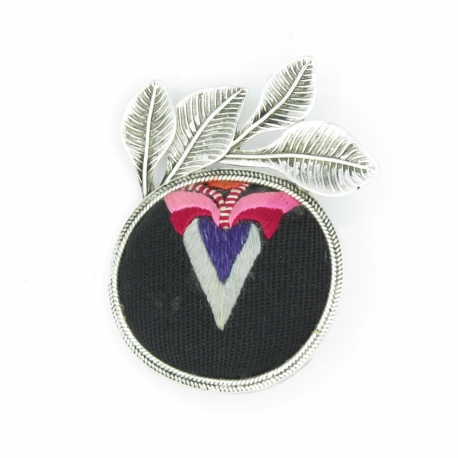Graphic ethnic Brooch