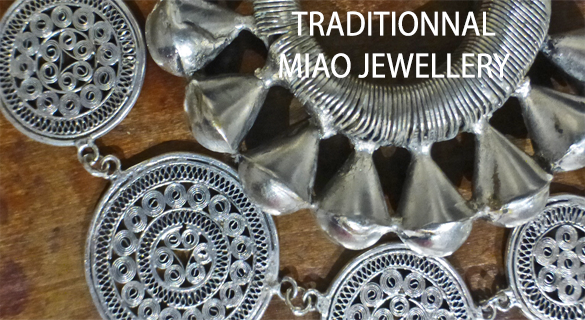 Traditionnal miao jewellery